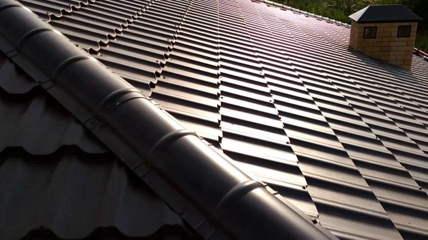 Конек для крыши: выбор, виды, установка